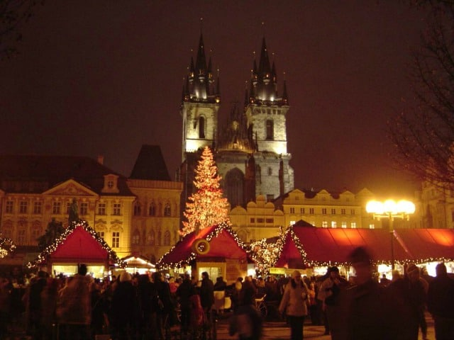 Christmas market in Prague, historical capital of Bohemia, where glass decorations began Photo Pazuzu via Wikimedia Commons