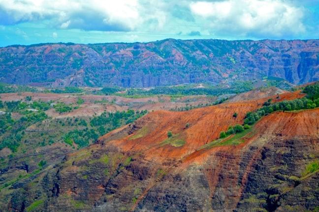 Hiking Waimea Canyon in Kauai, Hawaii
